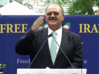 پهلوان مسلم اسکندر فیلابی - تظاهرات نه به روحانی در مجمع عمومی ملل