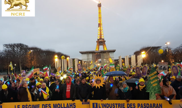 Iranians Demonstrate in #Paris on International Human Rights Day Against Torture and Executions in Iran