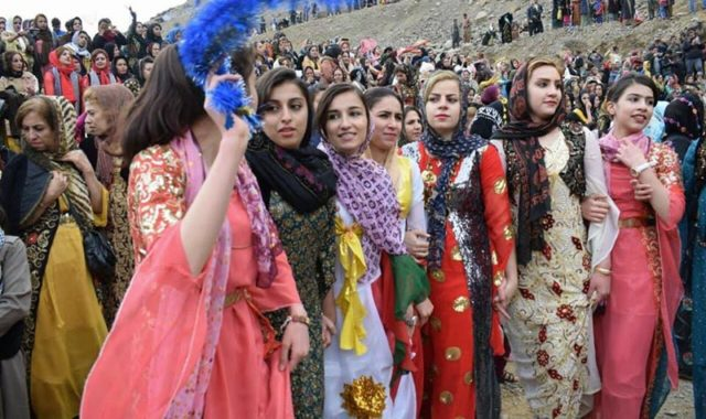Iranian Regime Bans Kurdish Dress and Language in Public