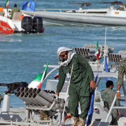 Iran: IRGC Threatens to Cut off Key Shipping Lanes in Persian Gulf